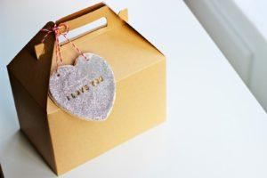 VALENTINES DAY CRAFT: CONVERSATION HEARTS