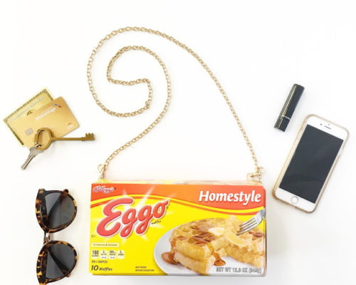 DIY HALLOWEEN – ELEVEN'S EGGO WAFFLE PURSE, STRANGER THINGS