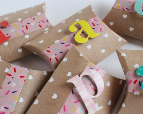 CANDY PILLOW BOXES: ANOTHER VALENTINE DIY
